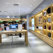 rechi retail display and store fixture for lifestyle store