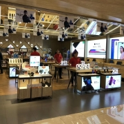 electronic experience store