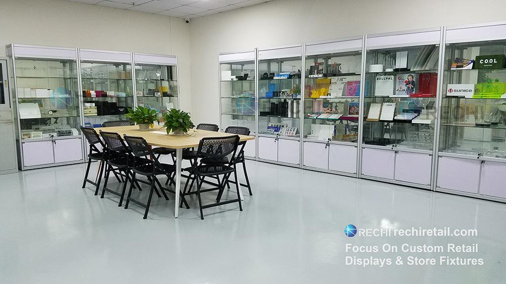 rechi acrylic display products showroom